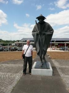 Jim with a Pilgrim at Hastingues